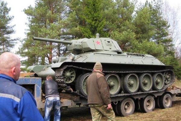 Экранированный Т-34 на трале