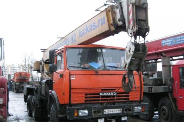 Автокран Клинцы грузоподъемность 25 т