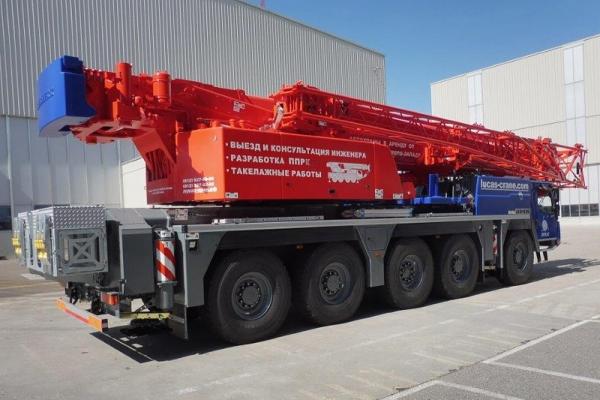 Либхер 130 тонн, вид сбоку