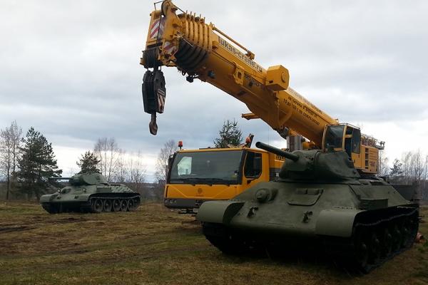 pogruzka-tankov-2ADB7CB9C-103F-CA79-CBA5-F8DAD5FC969C.jpg
