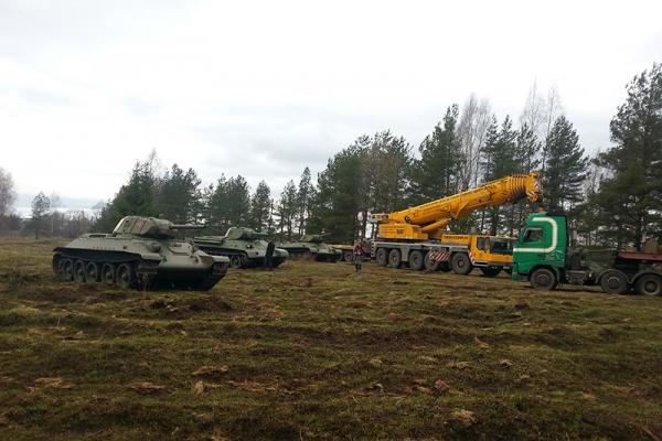 pogruzka-tankov-39B2FB493-E602-36B3-0A6C-A3A9567D526E.jpg